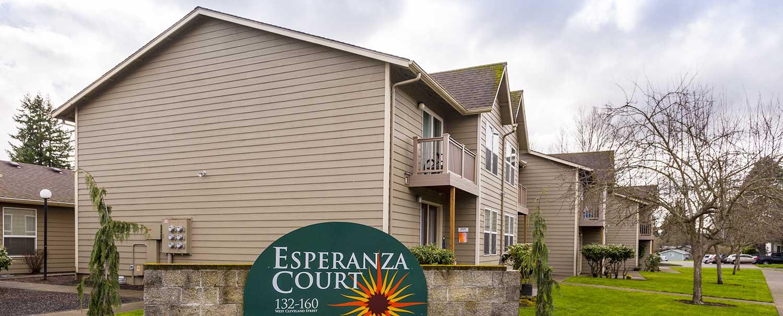 Esperanza Court 1
