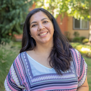 Mireya Estrada | Assistant Community Manager