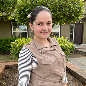 Elizabeth Espinoza | Assistant Community Manager